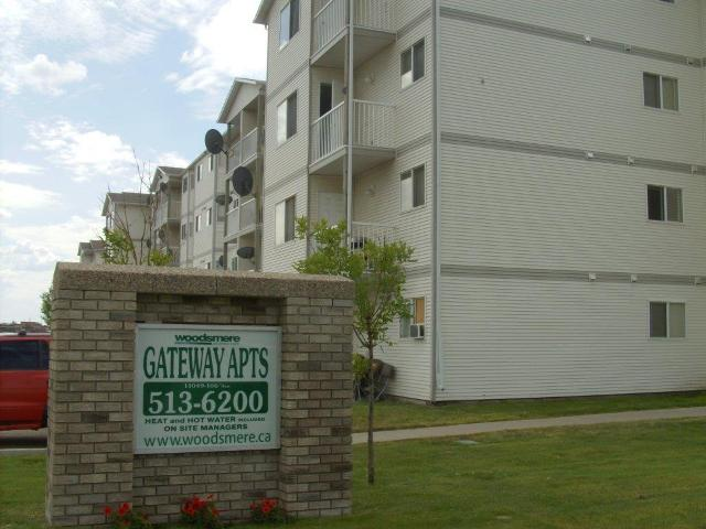 apartment rental Grande Prairie from Woodsmere